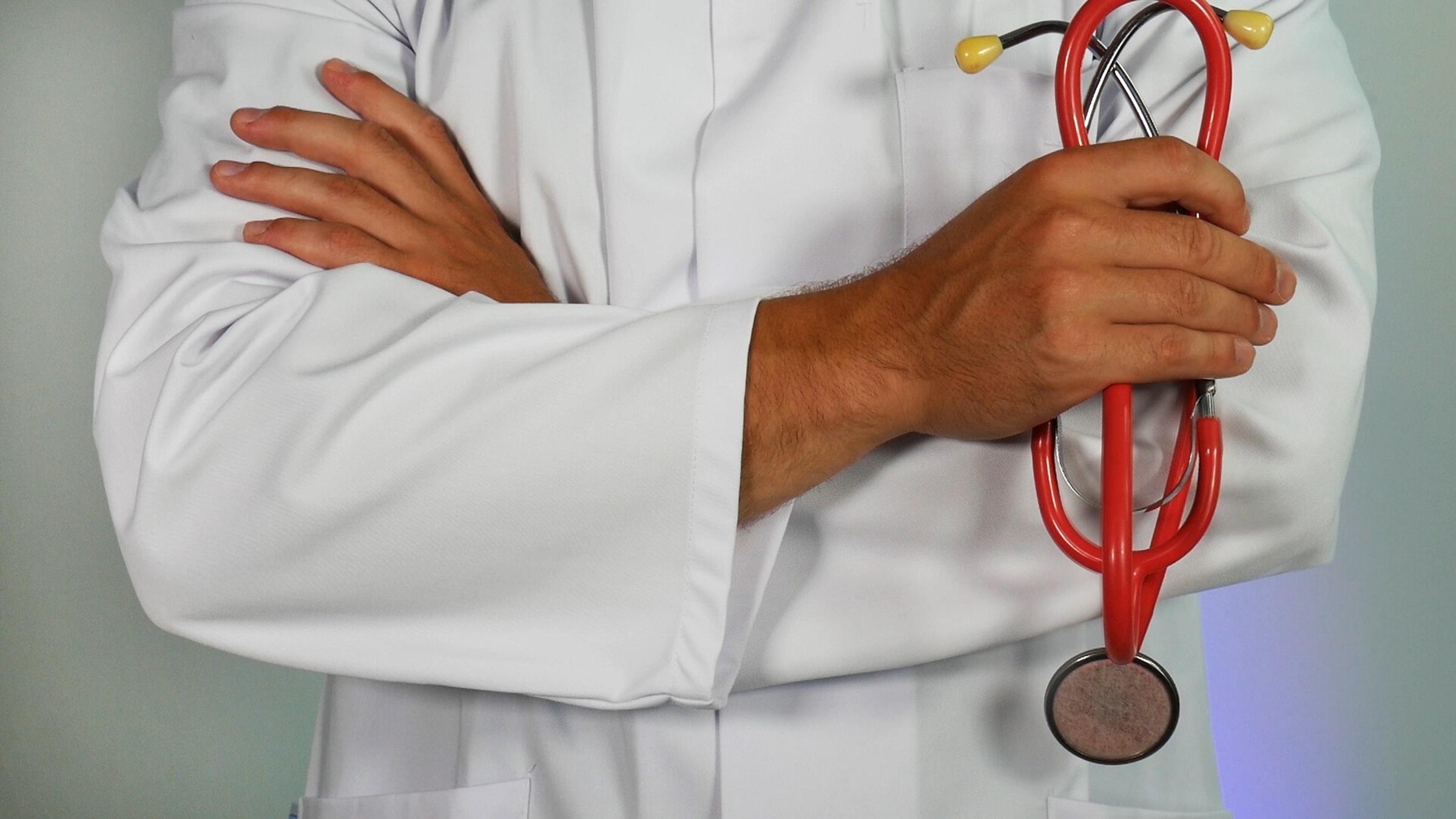 Web AI application facilitating healthcare decision-making